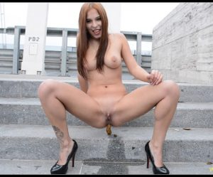 [SG-Video com] Solo Scat Girl – Mikaela Wolf  [Scat, Pissing]