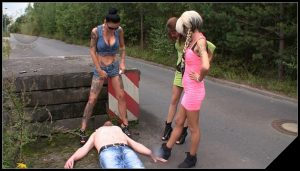 [Scat-Movie-World com] Hilfe [Scat, Piss, Outdoor, Domination]