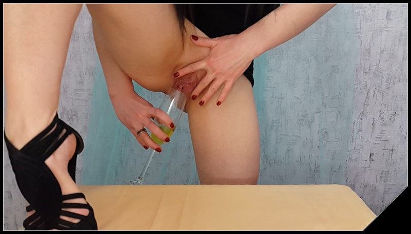 Scatshop.com Anna Coprofield Anna Private Dinner Part 1 Poop Videos Scat Smearing Efro cover - [Scatshop com] Anna Coprofield-Anna Private Dinner Part 1 [ Poop Videos, Scat, Smearing, Efro]