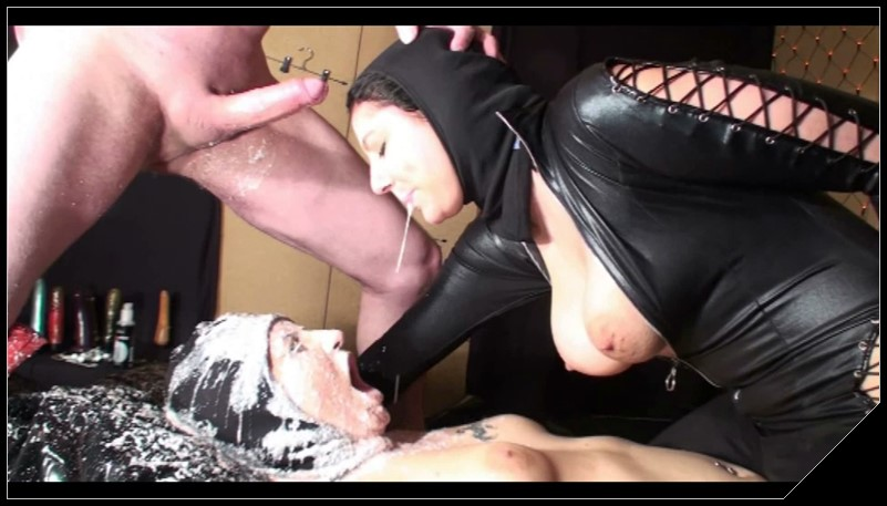 [Schluckmaul.ch - Amarotic.com] Extremfamily part 9 [Scat, Pissing, Vomit, Anal, GAG, Group Sex, Lesbia]
