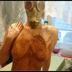 Smearing shit in a gas mask- Brown wife [Poop Videos, Smearing, Couples]