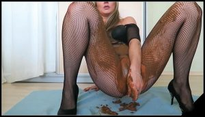 Smearing, Masturbating and Tasting Poop- sexyass [extreme scat, panty pooping]