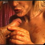 Oil, Piss, Enema and Scat – Susan