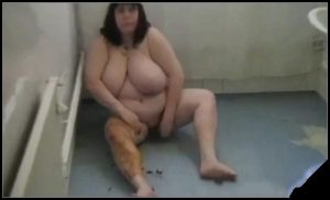 Fat Bitch With Huge Tits Shits And Smears Scat All Over Her [Scat, shit,defecation, smearing]