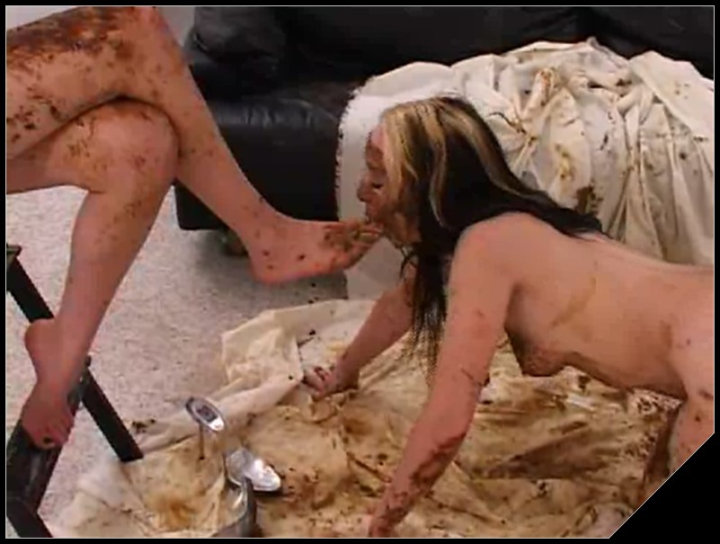 Hollywood Scat Amateurs 25 with Roxy and Jennifer