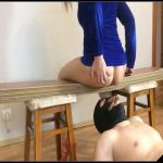 Young bitch poops in guy s mouth[Scat, shit,defecation,smearing ,Femdom ,Toilet Slavery,eat shit ,humiliations]