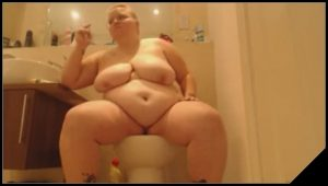 BBW babe shits big ones [Scat solo, shit,defecation]