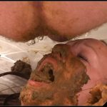Girl eating shit [Scat sex, smearing,oral sex,masturbation,toilet slavery,lick ass,eat shit ]
