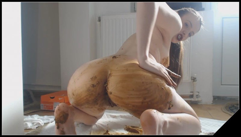 Dianaspark - One Big Poop in My Shorts [Scat solo, shit, defecation,Big Shit, Smearing, Masturbation,  Panty pooping]