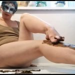 Nastygirl - Pooping and Smearing Poo With Foot [Scat solo, shit, defecation, Big Shit, Smearing]