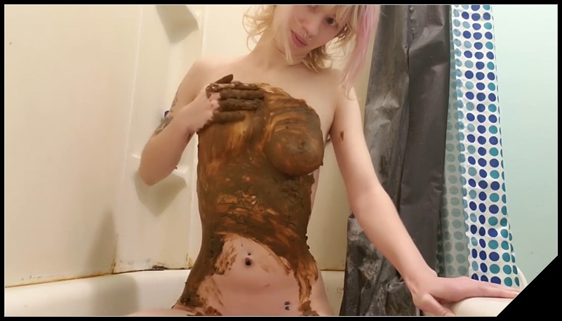 Light pink hair girl doing scat - [Scat solo, shit, defecation, Smearing, Masturbation]