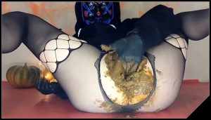 Masked Up Scat Slut – [Scat solo, shit, defecation, Big Shit, Pissing, Shitty ass, Smearing]