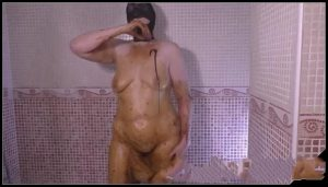 Mature hooded woman shits and smears in the bathroom [Scat solo, shit, defecation, Big Shit, Pissing, Smearing, Masturbation]