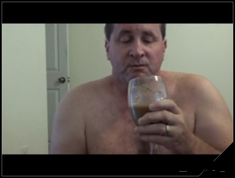 Tom Pearl Drinks A Shit Cocktail [Scat solo, shit, Pissing, Drink pee, Shit Cocktail ]