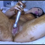 EvaMarie88 - Legging Crackling Shit And Smear [Scat solo, shit, defecation, Pissing, Smearing, Masturbation, Dildo masturbation]