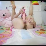 BabyDollNaughty - Open diaper pooping [Scat solo, shit, defecation, Pissing, Big Shit, Dirty Ass, Masturbation, Dildo masturbation, Shit pampers]