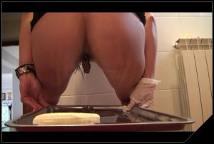 Teasing, farting, caviar by Mistress Antonella [Scat solo, shit, defecation, Pissing]
