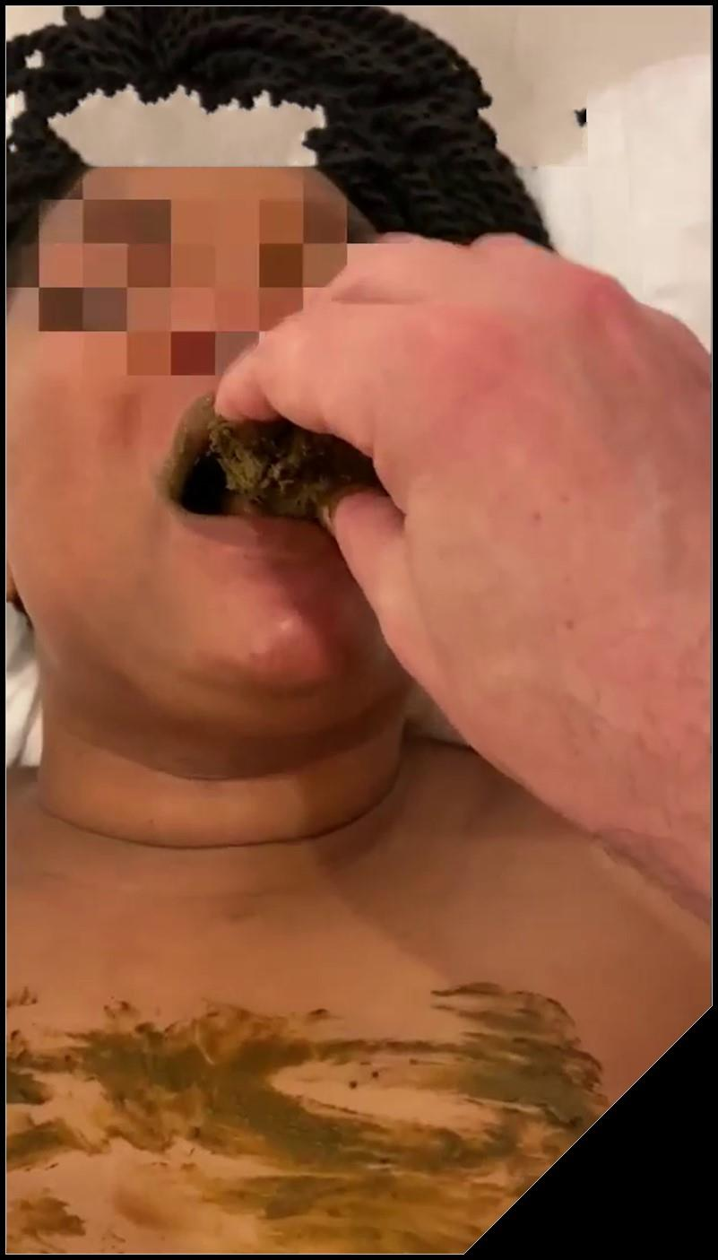 Black Slut Fed Delicious Shit by her White Master Scat sex Oral sexBlowjob shit defecationEat shit cover - Black Slut Fed Delicious Shit by her White Master [Scat sex, Oral sex,Blowjob, shit, defecation,Eat shit]