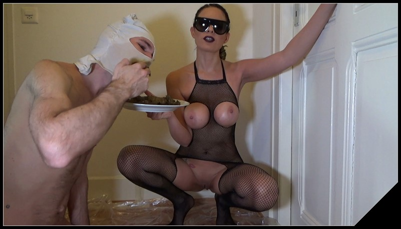 [Lila] Shit on a Plate [Scat, pissing, shit, Femdom ,Toilet Slavery, Domination, Eat shit ,Licking, Drink pee,spitting]