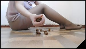 Poop from ass [Scat solo, shit, defecation,  Dirty Pantyhose, Big Shit,Dirty Ass,Piss]