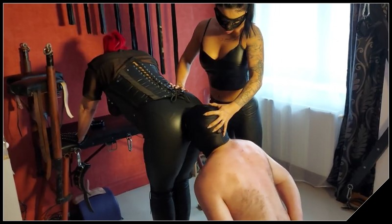 GoddessAndreea- Andreea Kytana and friend dirty hosiery shitting [Scat, pissing, shit, defecation, Femdom ,Toilet Slavery,Smearing, Face shit,Big Shit,Dirty Ass,Fingering,Domination, Eat shit , Humiliations,Licking]