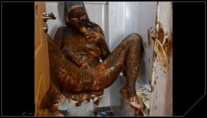 ScatLina – Dirty Toilet Part 2 [Scat solo, shit, defecation,   Big Shit, Dirty Ass, Masturbation, Smearing,shit eating,Dildos]