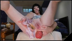 Dirtygardengirl – Panties Stuffed In Dirty Ass [Scat solo, shit, defecation, Masturbation, Panty pooping,  Shitty Ass]